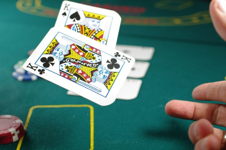 Online Poker - The King of All Virtual Gambling Games